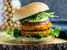 Curried Chickpea & Carrot Burgers Hamburguesas de garbanzos al curry y zanahoria (2)